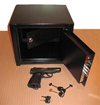 сейф для пистолета фото